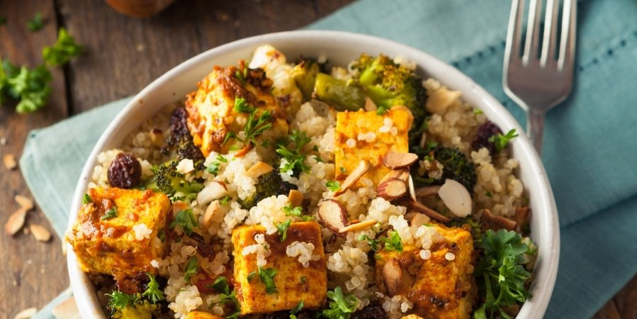 how-to-make-instant-pot-vegan-smoky-tofu-quinoa-biryani 3