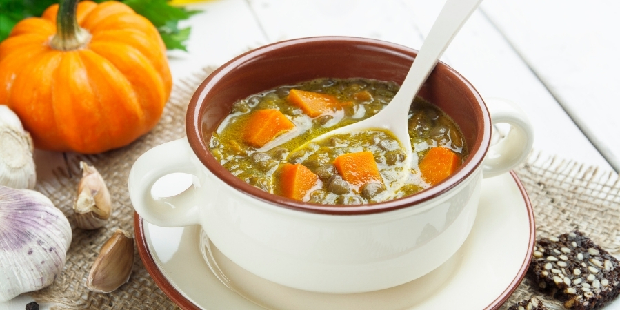 how-to-make-pumpkin-lentil-maca-soup 2