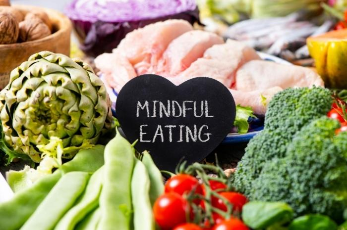 mindful-eating-and-healthy-food