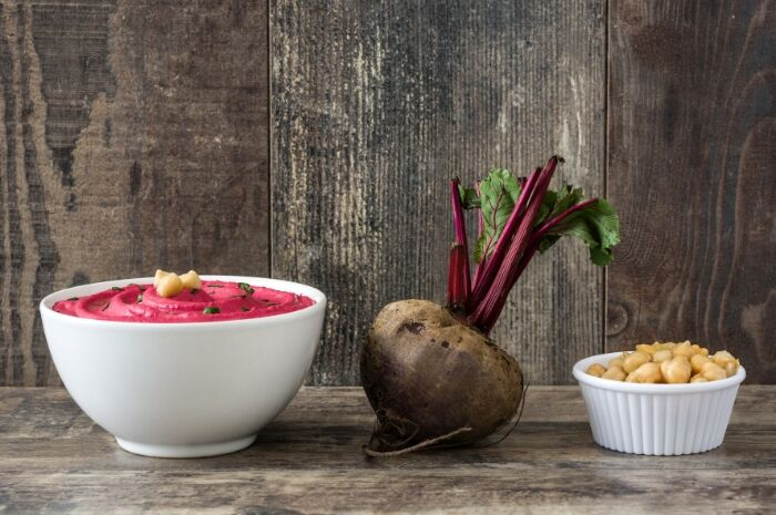 BEETROOT-HUMMUS-INGREDIENTS