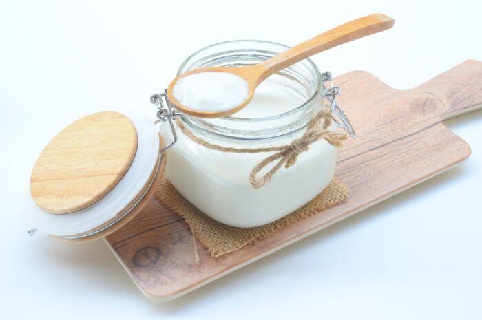 vegan-yogurt-coconut-milk