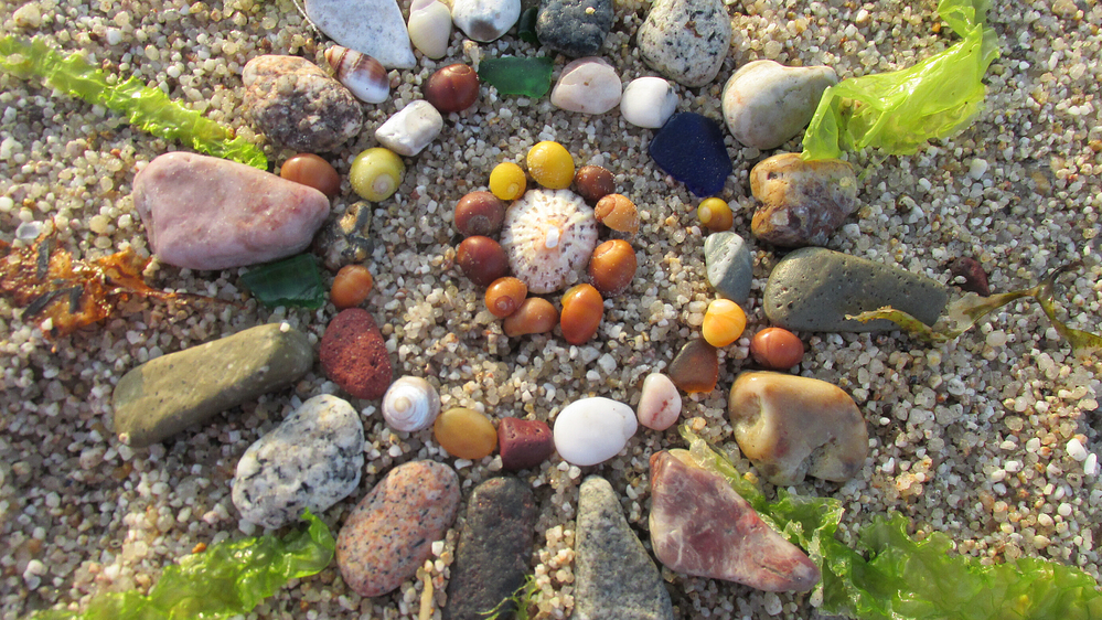 creating mandalas from nature for a tranquil mind